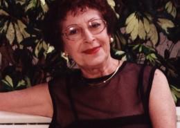 אסתר אדמון